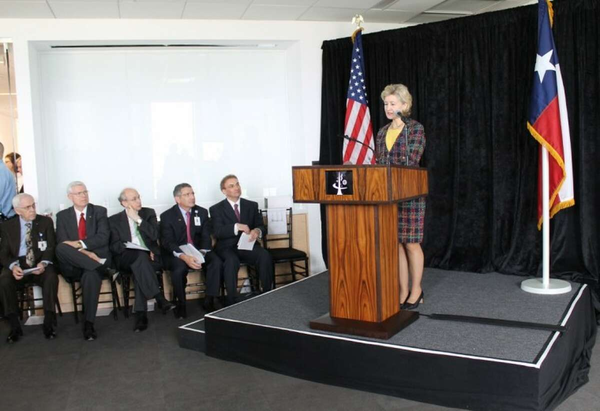 U.S. Senator Kay Bailey Hutchison was honored during the official opening of the new facility as the recipient of the National Space Biomedical Research Institute's Pioneer Award on March 19 for her ongoing support of the nation's human spaceflight program. Also at the opening ceremony of the new facility was NSBRI President and CEO Dr. Jeffrey Sutton, President of Baylor College of Medicine Dr. Paul Klotman, President of Rice University Dr. David Leebron, Director of Johnson Space Center Mike Coats, and Chair of National Space Biomedical Research Institute and Chancellor of BCM Dr. Bobby Alford. (Photo by Emily Moser)
