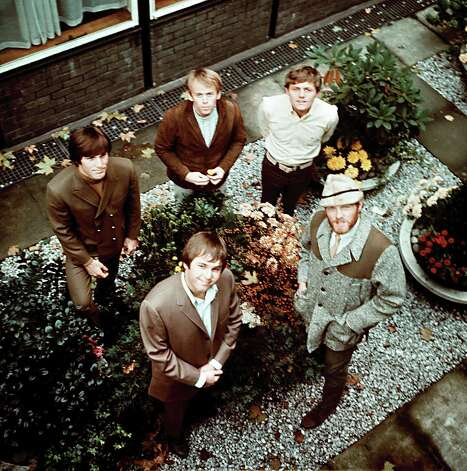 The rock and roll band the Beach Boys shown in London, Nov. 1966. Clockwise from left: Dennis Wilson, Allen Jardine, Bruce Johnston, Mike Love, and Carl Wilson. Photo: AP / 1966 AP
