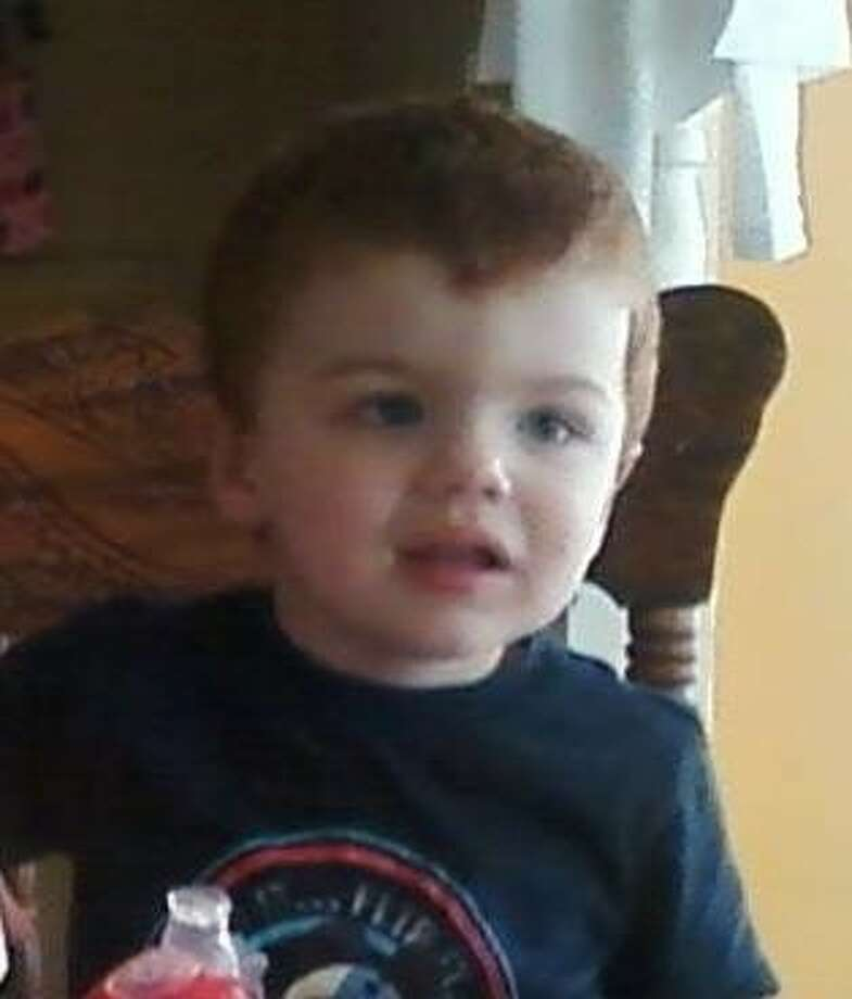 How do i hook up two amps in my car