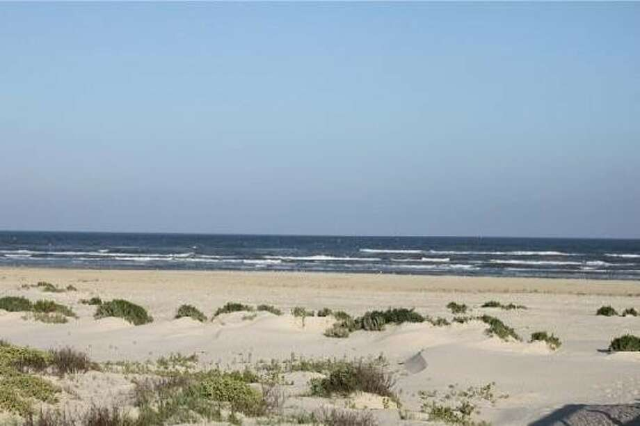 High court kills Texas Open Beach Act 'dead,' land commissioner says