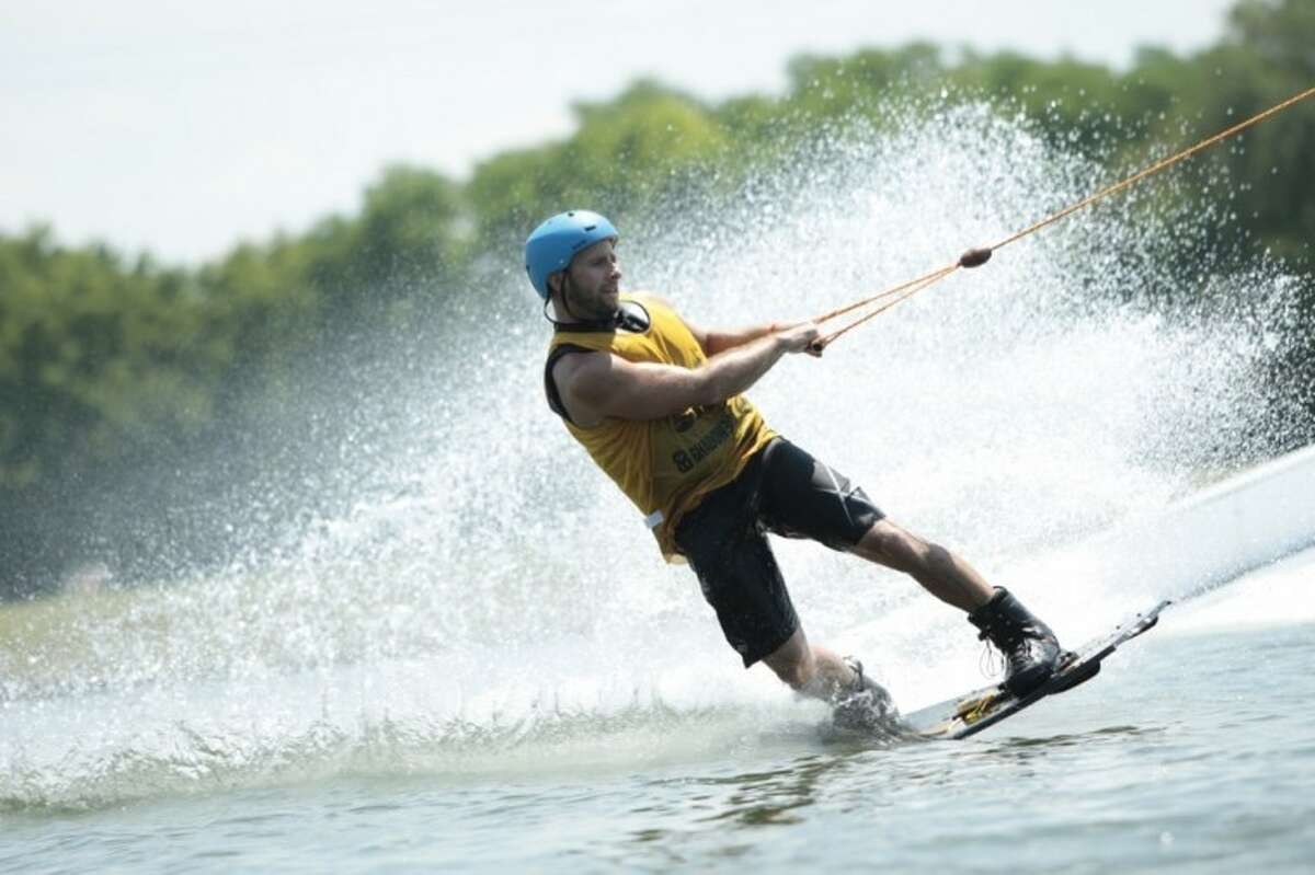 Rosharon Wake Nation lets you try your hand at wakeboarding and waterskiing, pulled by an overhead cable system. There's also a ropes course. And, they host birthday parties. 4411 CR 418, Rosharon