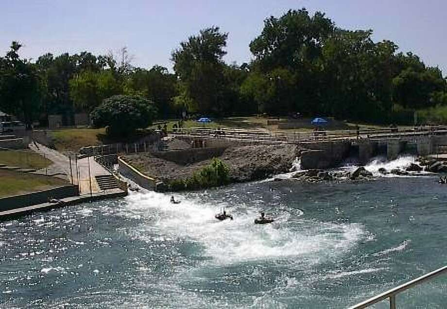 Comal Tubes, the New Braunfels, Texas based river outfitter; is offering free tubing on the Comal River. The two hour float offers an exciting experience, as people slip past tree-lined shores and fast-moving tube chutes to have a thrilling experience in clear, cold water.