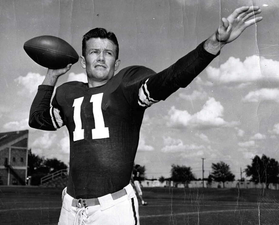 Darrell Royal posses before his senior season at Oklahoma in 1949. He starred as the team's quarterback that year, leading his Sooners to an undefeated season. Photo: Photo Courtesy Of The OU Club Of Houston