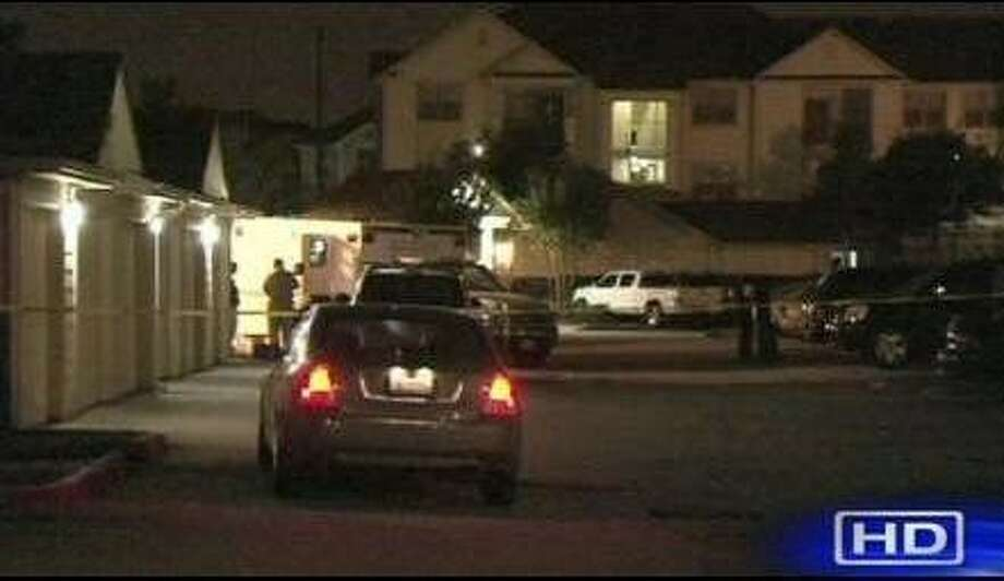 Police were called out to the apartments on Farrah in Fort Bend County. Photo: ABC 13