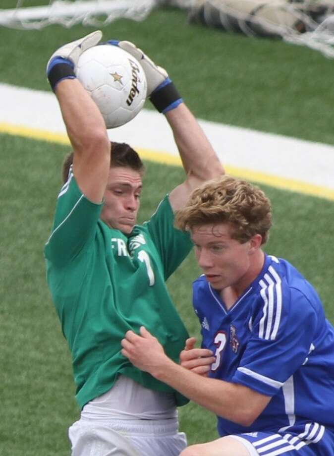 Friendswood goalie Michael Rich (1) expects the Mustangs to be up to the task Friday when they take on San Antonio Alamo Heights in a Class 4A state soccer semifinal at 6 p.m., in Georgetown. Photo: JASON FOCHTMAN