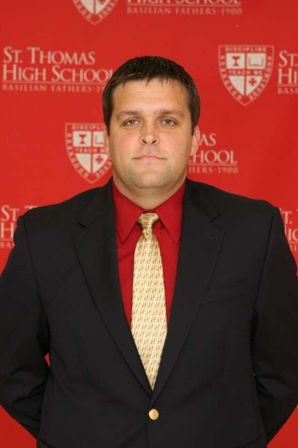New St. Thomas head soccer coach Kenny Martin