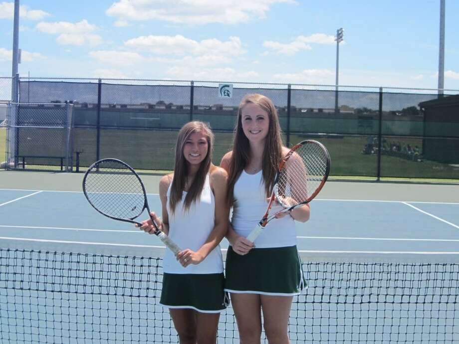 The Stratford girls doubles team of sophomore Kaylin Kruseman and junior Hannah Byatt won 48 of 52 games at the Region III-4A Tournament to earn a return trip to state. Photo: Jack Marrion/HCN