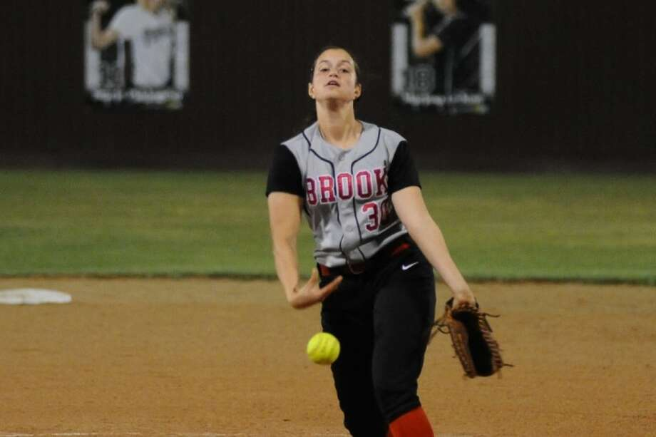 Clear Brook's Laura Napoli (30) pitched impressively against Pearland Wednesday night in a District 24-5A softball opener.