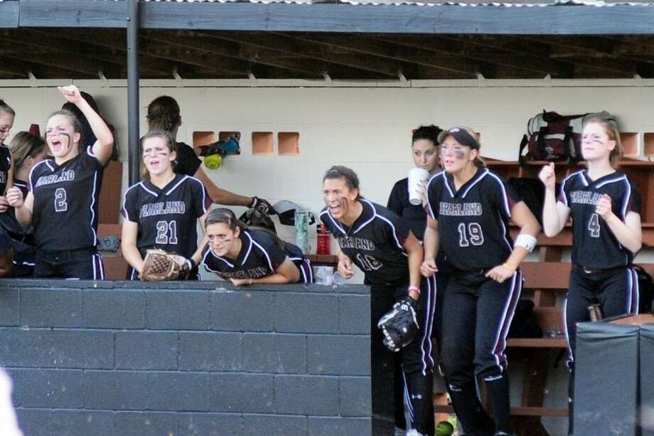 In a major rebuilding year, Pearland has fashioned an impressive 28-3 record. The Lady Oilers will begin the Class 5A playoffs next week. Photo: KIRK SIDES