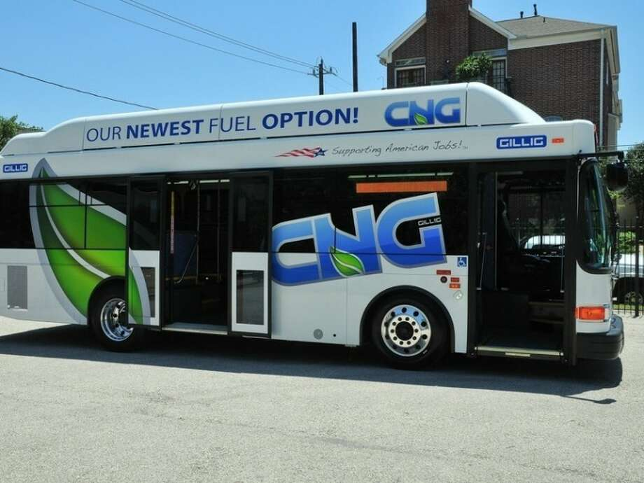 The Downtown District's Greenlink will provide free bus service starting in early June. Photo: Metro