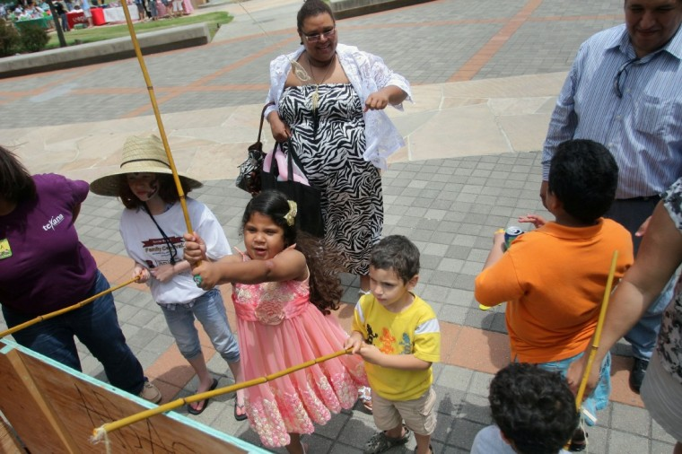 UH-Clear Lake welcomes children of all abilities for family carnival - Houston Chronicle