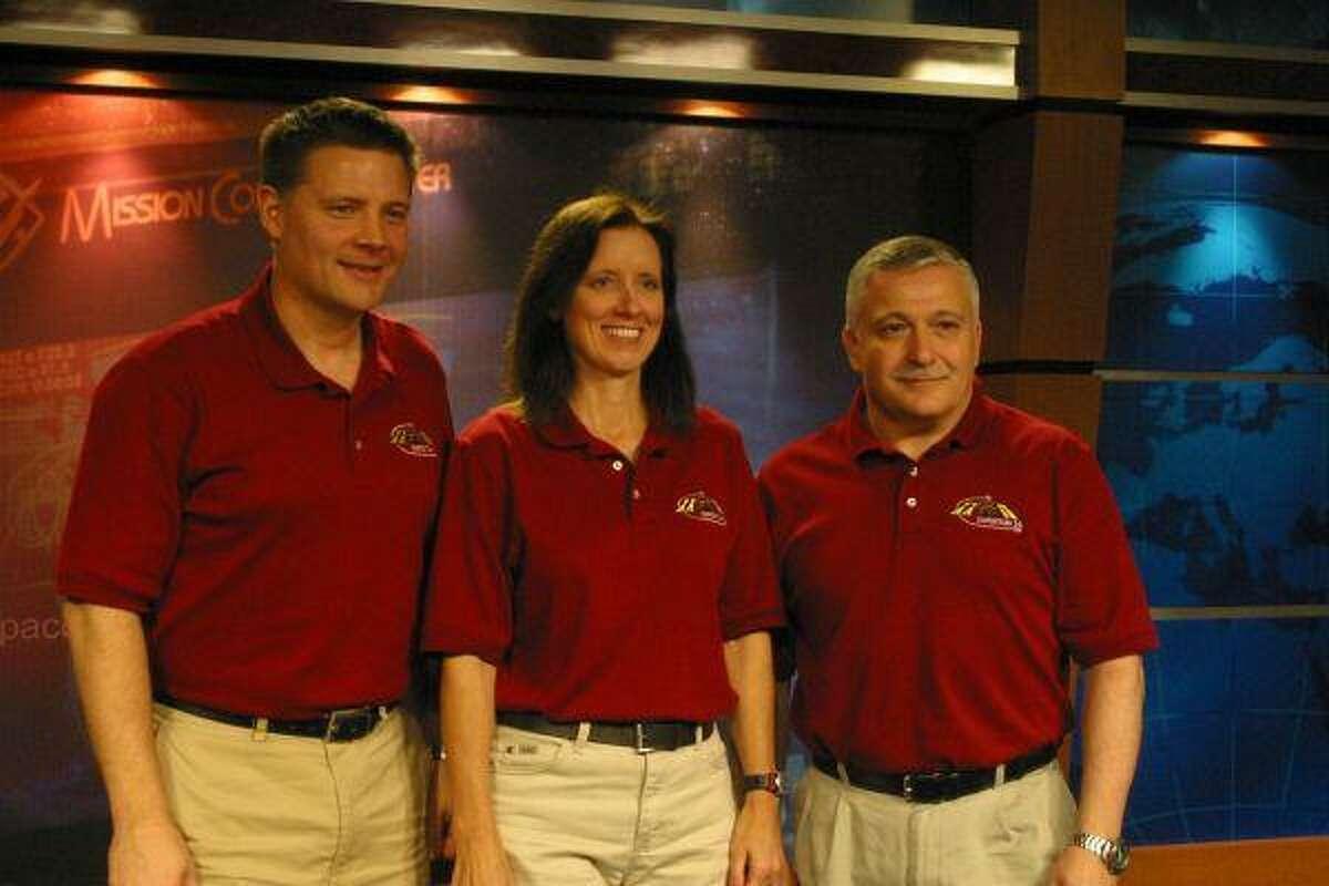 Walker, Col. Doug Wheelock and Fyodor Yurchikhin were set to travel Tuesday.