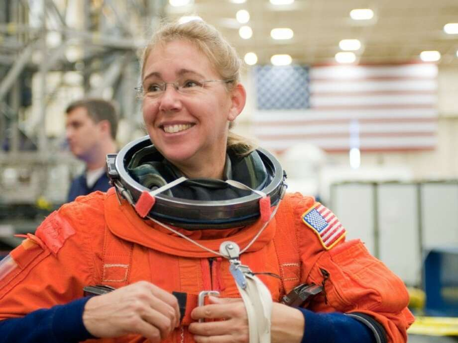 Sandy Magnus Nasa S Last Space Cowgirl Houston Chronicle