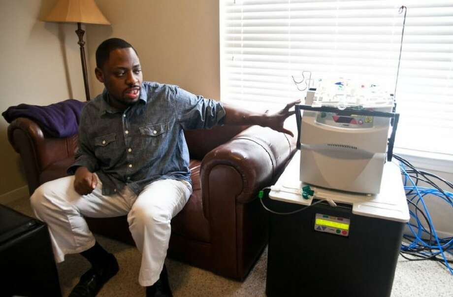 James Durant talks about his health routine with the NxStage System One dialysis machine.