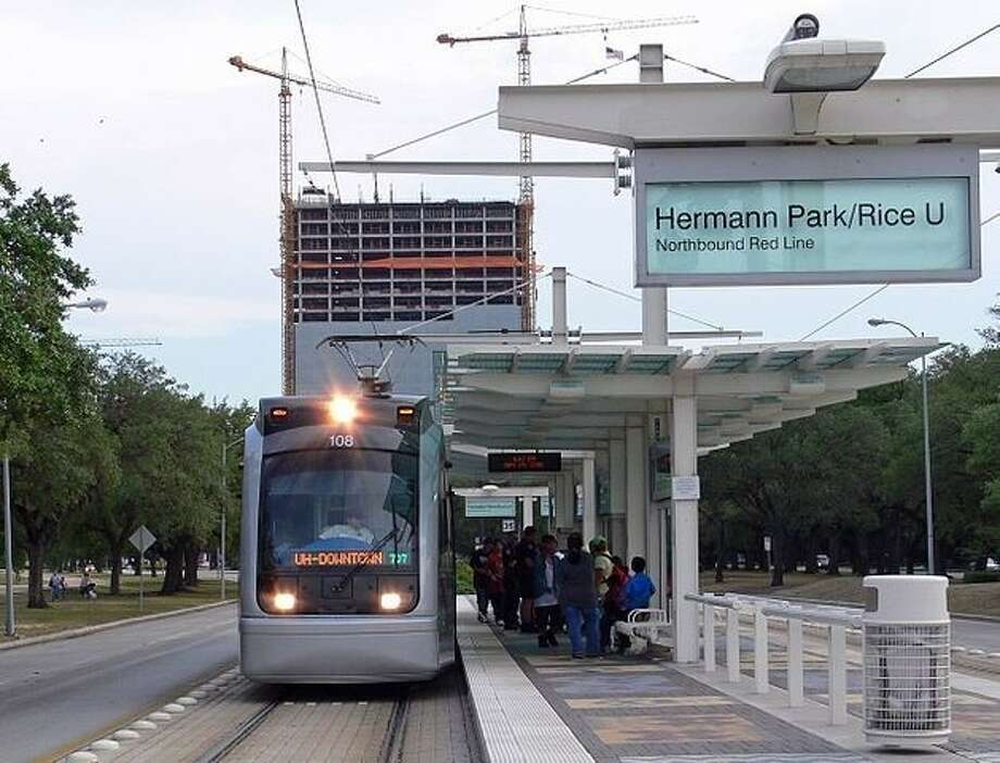 With holiday crowds limiting parking and creating traffic jams, those visiting Hermann Park's many activities are urged to consider the Metro Rail.