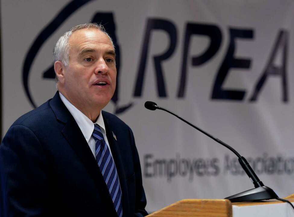 Comptroller Thomas DiNapoli speaks to a gathering of members of the Retired Public Employees Association on Wednesday, Sept. 28, 2016, at the Marriott Wolf Road in Colonie, N.Y. (Skip Dickstein/Times Union)