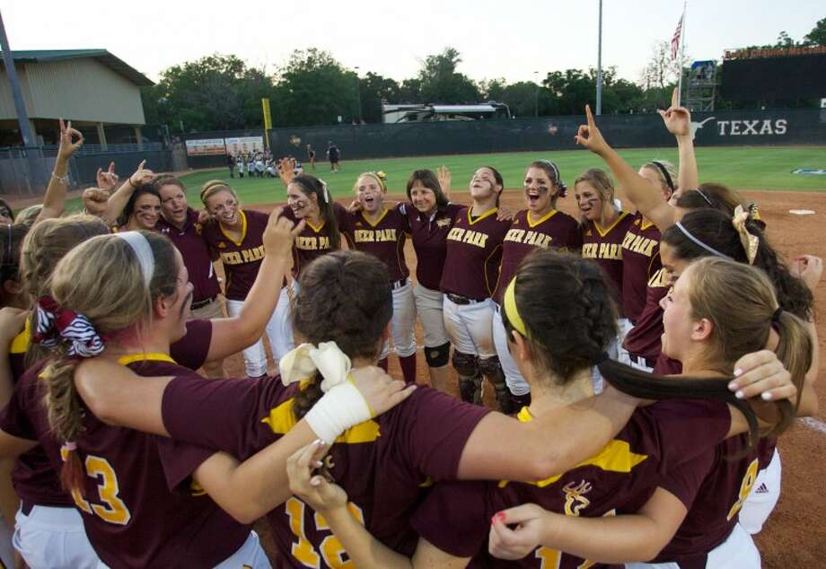 Deer Park players celebrate their 13-2 win over O'Connor during Friday's state semi-final game at McCombs Field in Austin. Photo: Staff Photo By Eric Swist