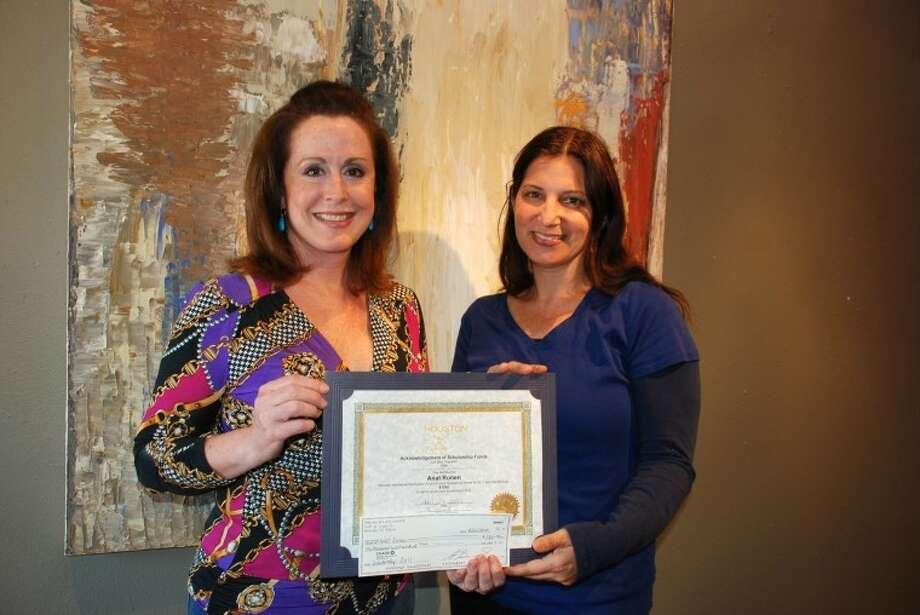 Lori Betz, left, presents scholarship to artist Anat Ronen.