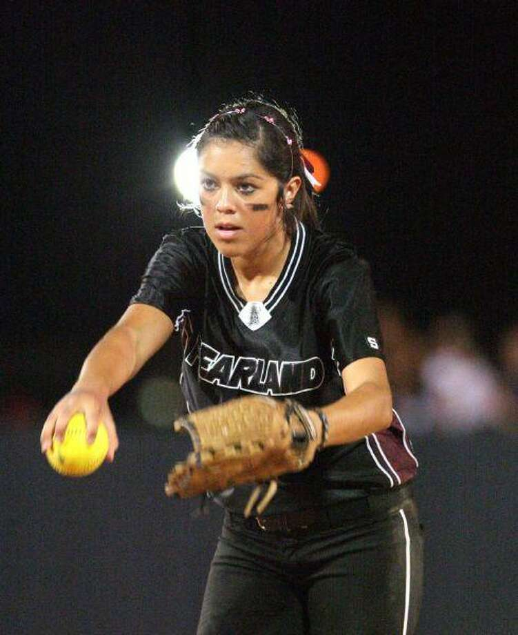 Pearland pitcher Jessica Bowden is a picture of concentration during the Lady Oilers' sweep of Katy Taylor last week. Bowden takes an 18-2-1 record into the state tournament.