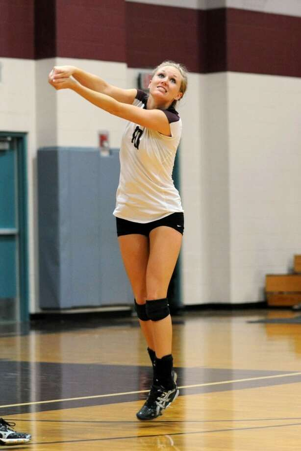 Shayla Maldonado Looks To Continue Leading Cinco Ranch In The Remedy Roofing  Volleyball Tournament. Photo