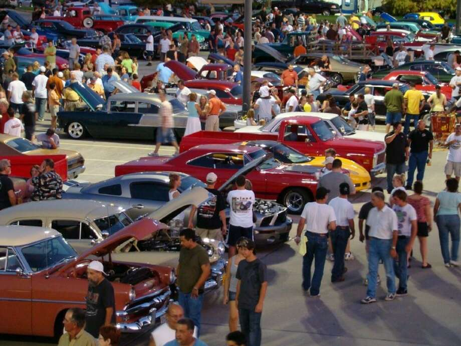 Conroe Swap Meet >> Niftee 50ees Car Show to feature the classics at Tomball ...