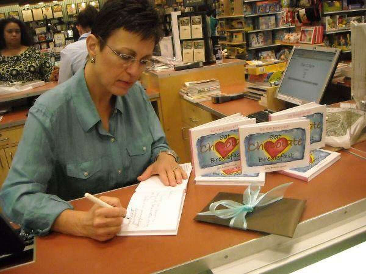 Jan Bethancourt signing copy of her book at Sugar Land Barnes and Noble.