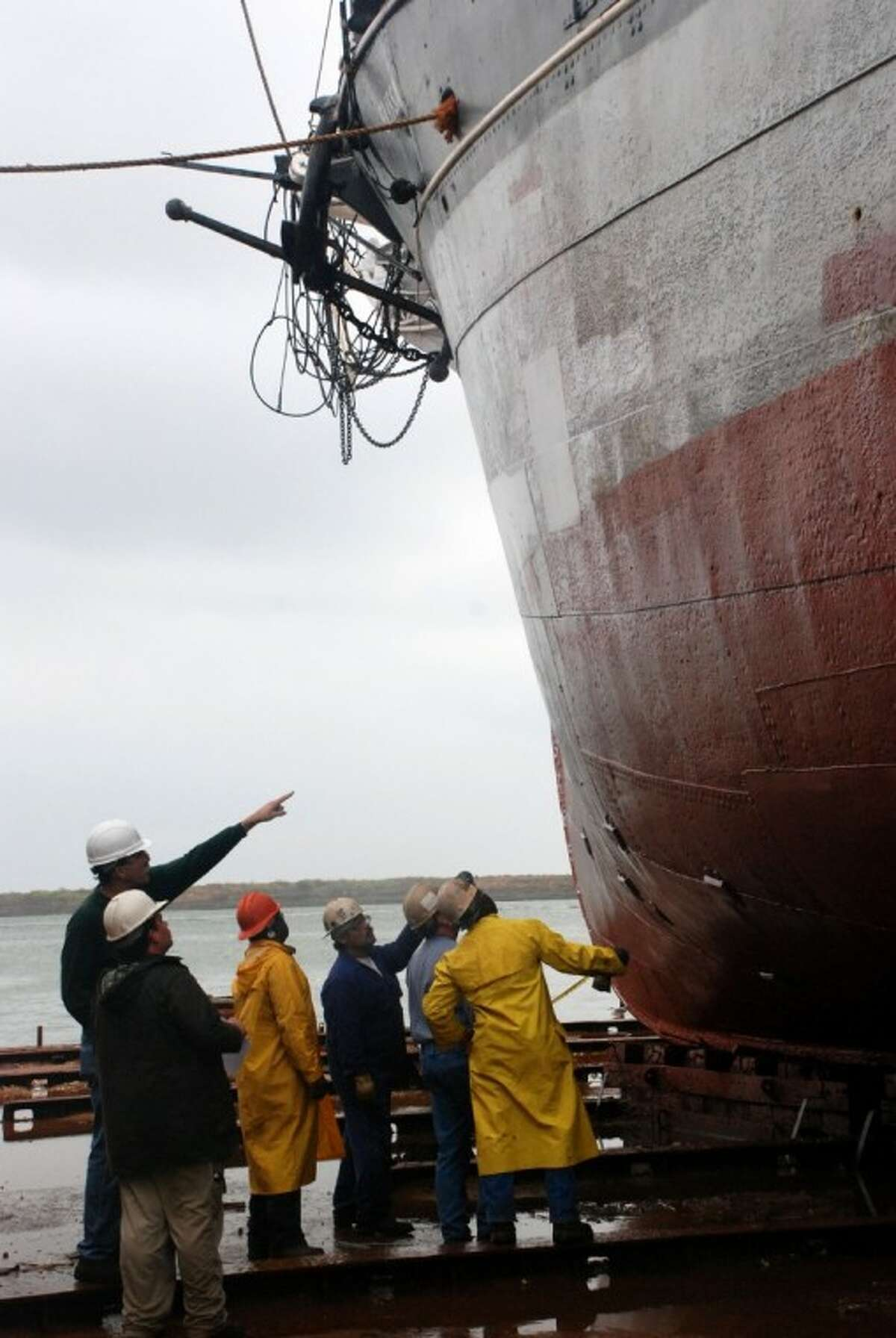 Electrolytic corrosion of Elissa's hull is found during inspection, preventing the ship from carrying passengers until repairs are complete.