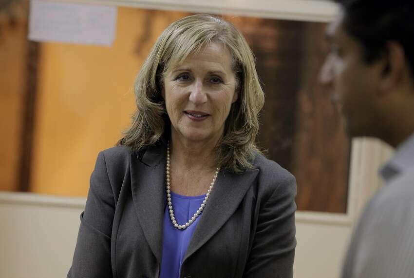 Santa Clara Mayor Lisa Gillmor at a Town Hall meeting in September.