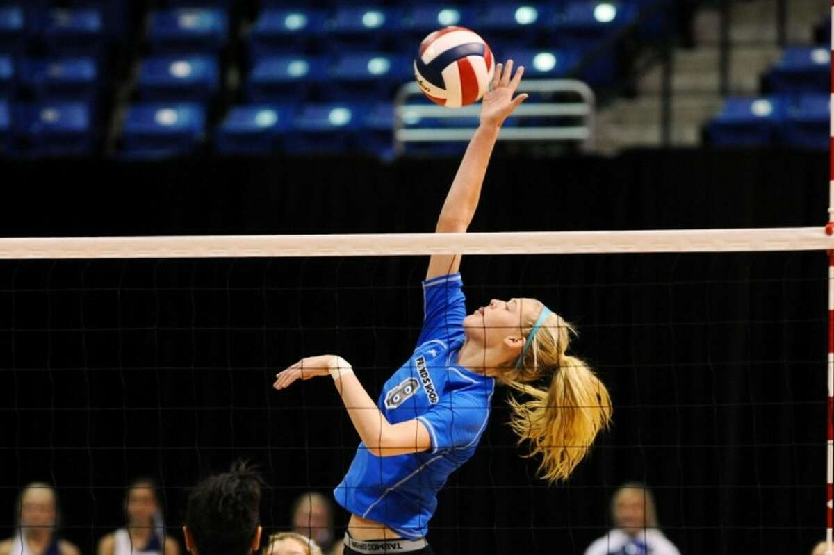 Jill Bergeson heped lead Friendswood to the Region III-4A final last year, but she'd like to help the Lady Mustangs bring home a Class 4A state volleyball title this season.