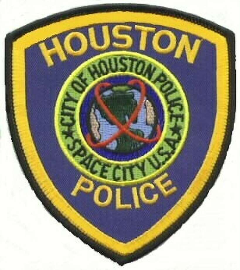 HPD investigates robbery outside of Kingwood Town Center business