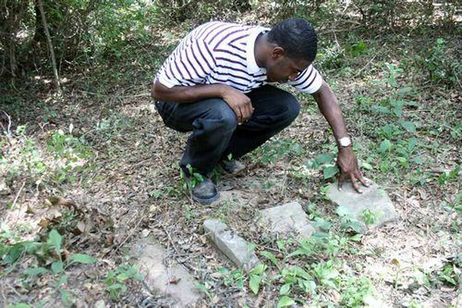 Discoveries made at slave cemetery at PVAMU - Houston ...