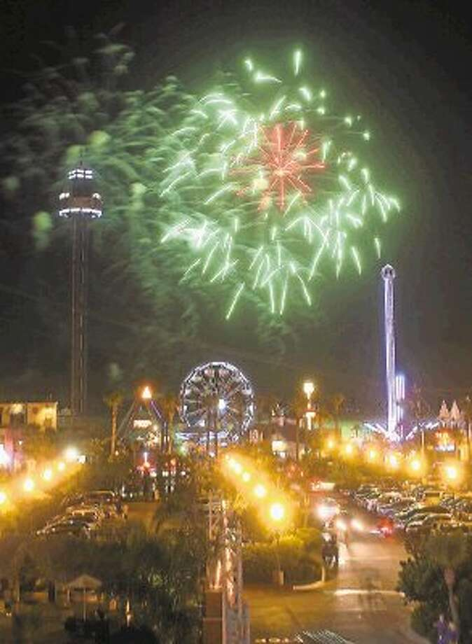 The Kemah Boardwalk will host its weekly fireworks display for those who want to celebrate the month of July in firework fashion. / @WireImgId=2633067