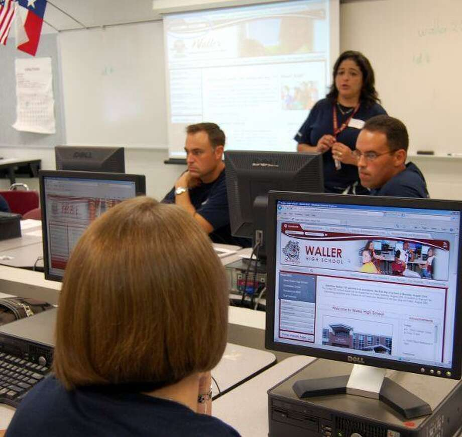 """The Waller ISD technologists were one of the numerous groups that presented at the Waller ISD staff development workshops. Waller High School technologist Rosa Ojeda presented """"My Classroom Web Page"""" to teachers and instructional staff during a two-day symposium. The workshop session taught teachers how to build their classroom web page on the new WISD website."""