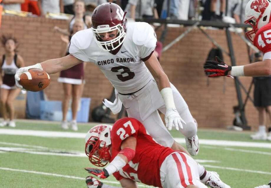 Sam Straughan and Cinco Ranch are predicted to finish as District 19-5A runner-up to Katy in 2013 in Dave Campbell's Texas Football magazine. Photo: Alan Warren