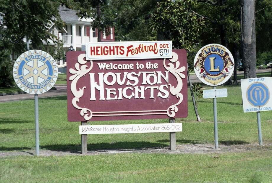 Heights sign, Sept. 20, 1986. Photo: E. Joseph Deering, Houston Chronicle