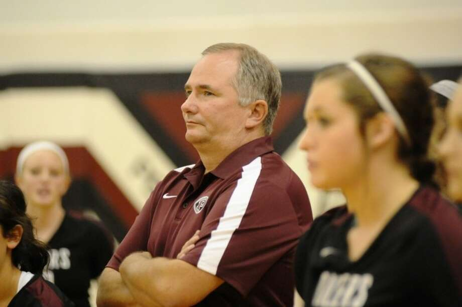 Head coach John Turner has guided the Lady Oiler volleyball team to a 25-4 record. Pearland's next goal is to complete District 22-5A play unbeaten. Photo: KIRK SIDES