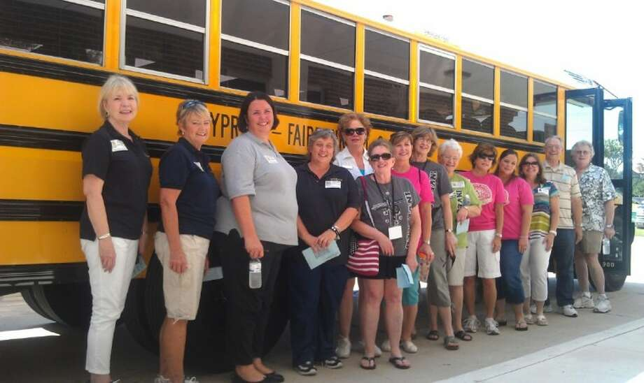 Fourteen Bus Buddies prepare to assist new bus riders at Lamkin Elementary School during the first week of school. A total of 333 Bus Buddies volunteered throughout the district. Photo: Submitted Photo