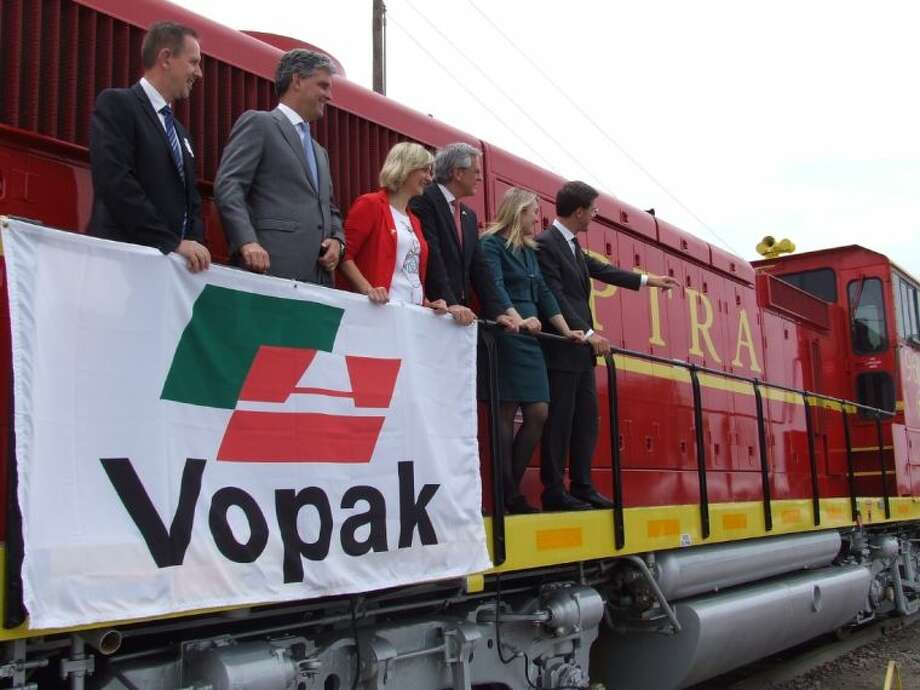 Mark Rutte, Prime Minister of The Netherlands (far right) is joined by other government and Vopak officials near the new Deer Park West Rail Loop opening. Photo: JEFF NEWPHER