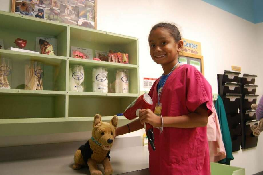 The Children's Museum of Houston has joined the FutureVet pack to bring you a series of interactive workshops that will unleash the joys of being a pet owner but also teach about the responsibilities that come with being one.