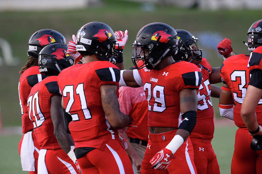 Lamar's Xavier Bethany (#29) rallies with teammates before taking the field against Sam Houston State during Saturday's conference game at Provost-Umphrey Stadium. Photo taken Saturday, September 17, 2016 Kim Brent/The Enterprise Photo: Kim Brent / Beaumont Enterprise