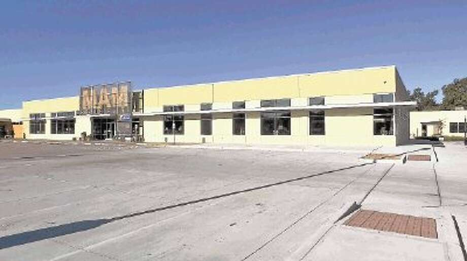 Memorial Assistance Ministries is adding 17,000 square feet of office, warehouse and retail space.