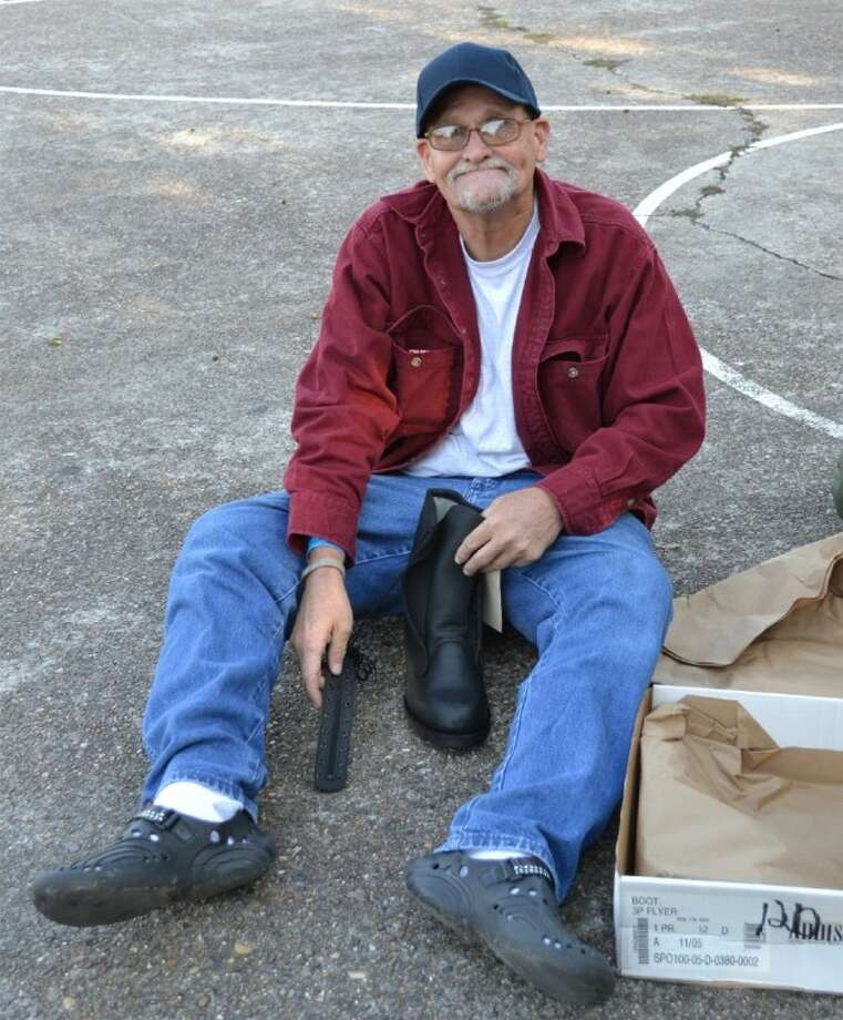 """I think this event is wonderful!"" said Marine Veteran Jack R. ""I was able to get a blanket, warm coat, and boots."" The Michael E. DeBakey VA Medical Center provided homeless services to approximately 2,000 Veterans in 2011, and is increasing efforts to reach individuals who traditionally avoid assistance. Photo: Fran Burke, Public Affairs Spe"
