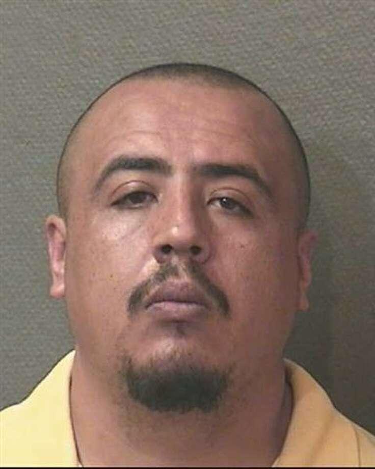 "Buenrostro, VictorH/M 05-19-82 5'9"" / 200 lbs Bro / Blk Warrant #1381055 Murder"