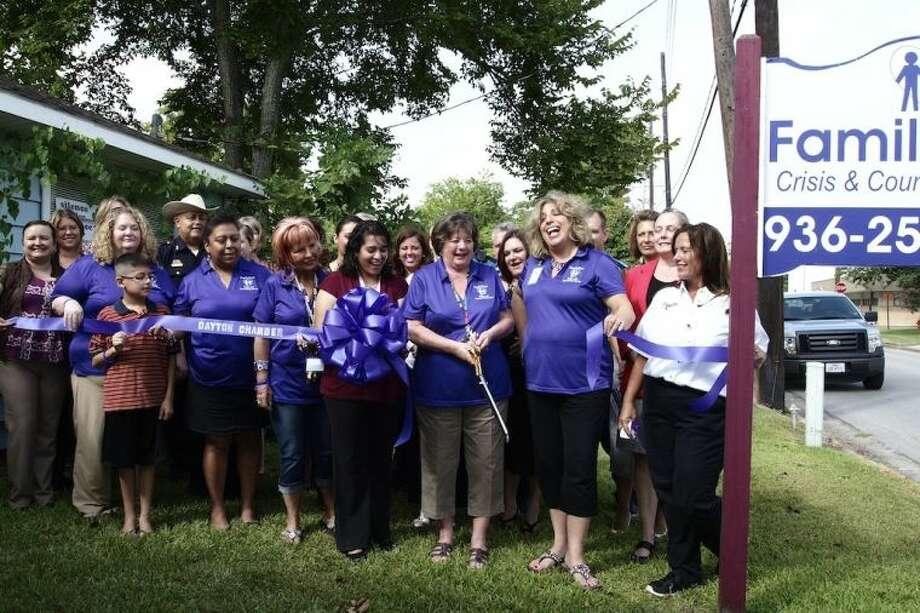FamilyTime Crisis & Counseling Center held a Dayton Chamber of Commerce ribbon cutting for its grand opening Thursday morning, Aug. 8. Photo: CASEY STINNETT