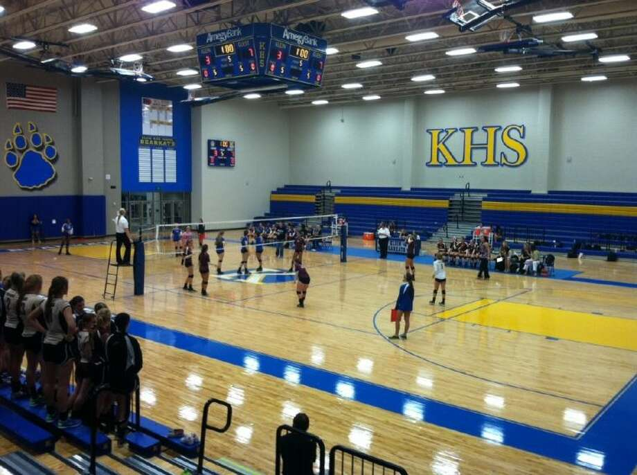The Magnolia West Lady Mustangs took on the Klein Lady Bearkats in the first ever varsity volleyball match at Klein's brand new gymnasium, Tuesday night.