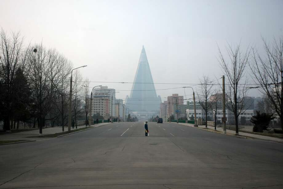 Ryugyong Hotel, North KoreaThe 105 Story Hotel In Pyongyang Is Currently  The Tallest Abandoned