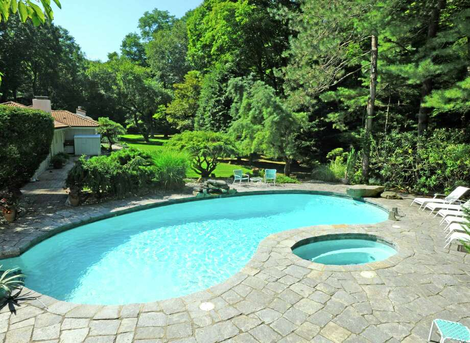 The backyard pool on the property at 65 Windward Ln. Photo: William-Pitt Sotheby's / Contributed Photo