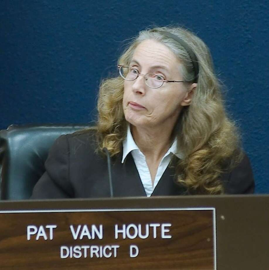 "One of four councilmembers to speak and vote against the charter revision proposals, Pat Van Houte said, ""There is too much wrong to try and amend it."" Photo: KIRK SIDES"