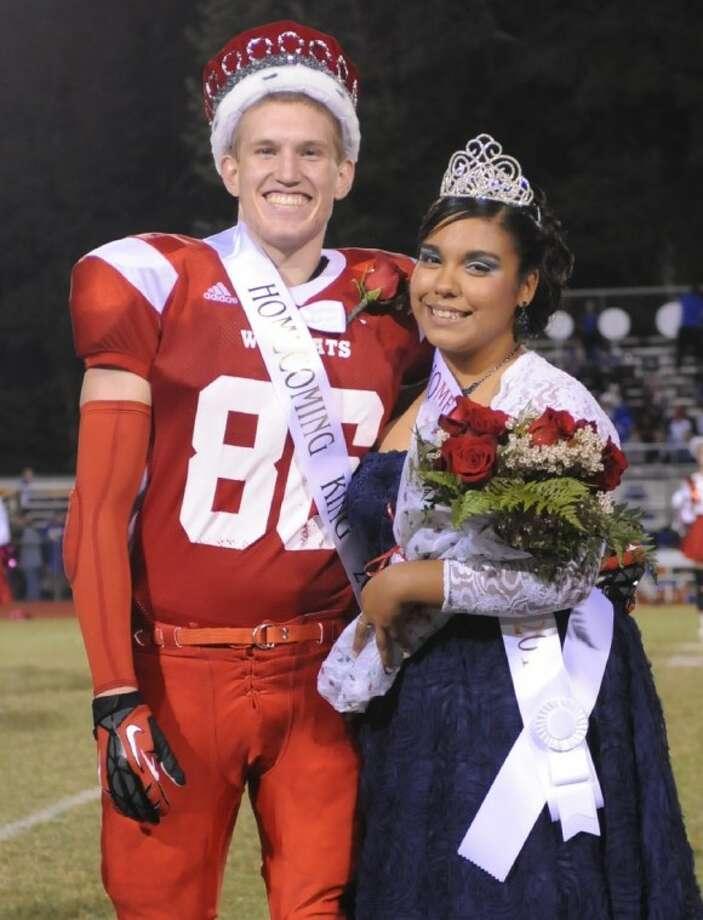 splendora high school crowns homecoming king and queen