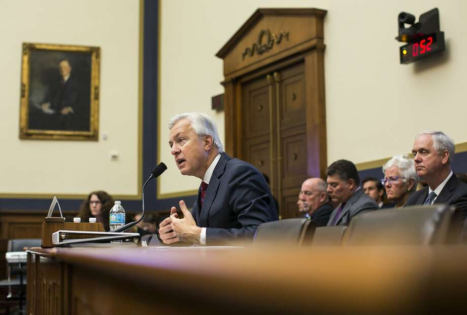 John Stumpf, the chief executive of Wells Fargo, testifies before the House Financial Services Committee investigating Wells Fargo's opening of millions of unauthorized customer accounts, on Capitol Hill in Washington, Sept. 29, 2016. (Al Drago/The New York Times) Photo: AL DRAGO, NYT